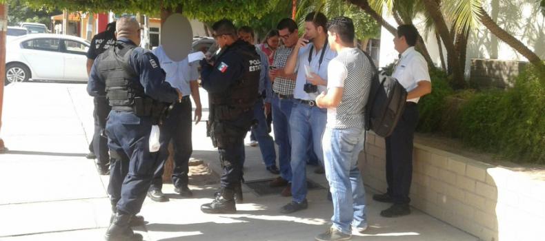 En la fila dentro del banco asaltan a empleado de gasolinera y lo despojan de 450 mil pesos