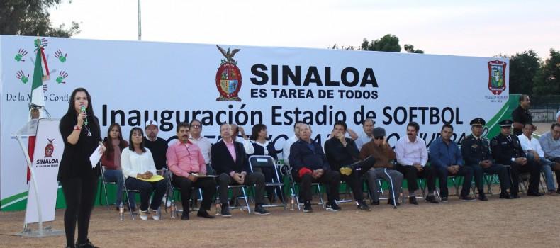 "Inauguran estadio de softbol ""Florentino Camacho Rivera"""