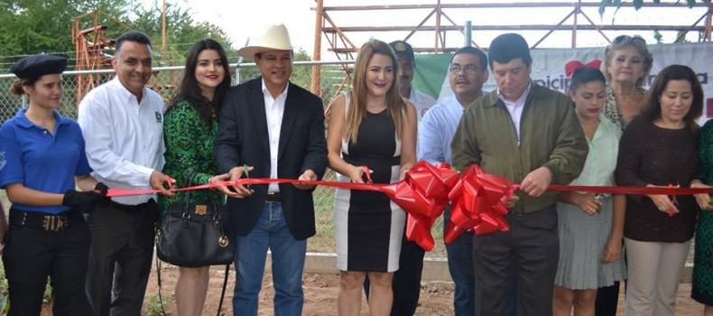 Entregan obras en COBAES 15 de Sinaloa de Leyva