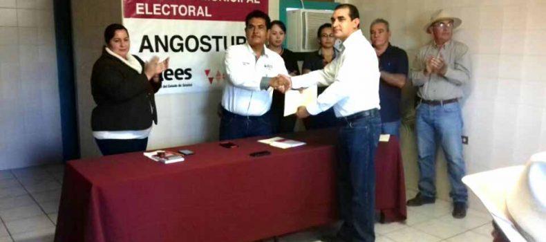 OFICIALIZA CESAR MASCAREÑO SU CANDIDATURA INDEPENDIENTE POR LA ALCALDÍA DE ANGOSTURA