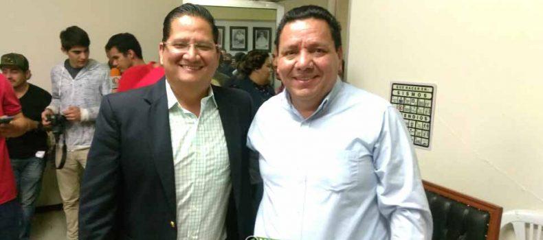 Pide licencia Carlo Mario Ortiz: queda como alcalde interino Leobardo López