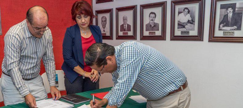 COMPLEMENTA CARLO MARIO ORTIZ SU REGISTRO POR LA REELECCIÓN A LA ALCALDÍA