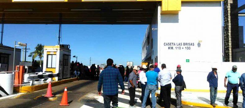 """LLEVARAN PRODUCTORES AGRÍCOLAS PROTESTA A LA """"EXPO AGRO SINALOA 2018"""""""