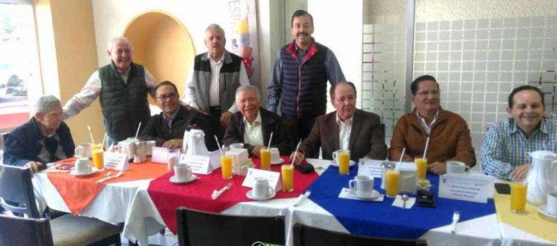 """ACUERPAN"" 8 EX ALCALDES A FLAVIO SANCHEZ RIVERA"