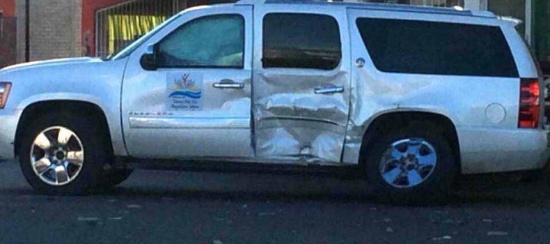 "Provoca ""Chenel"" Valenzuela accidente automovilístico y sale ileso"