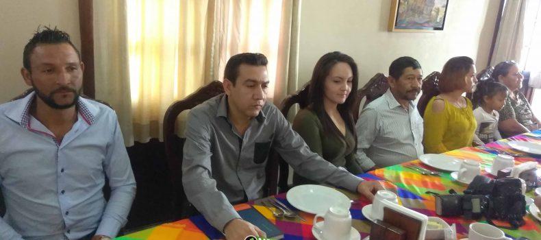 SE SUMA DIRIGENCIA DEL PRD DE MOCORITO A OSCAR CAMACHO