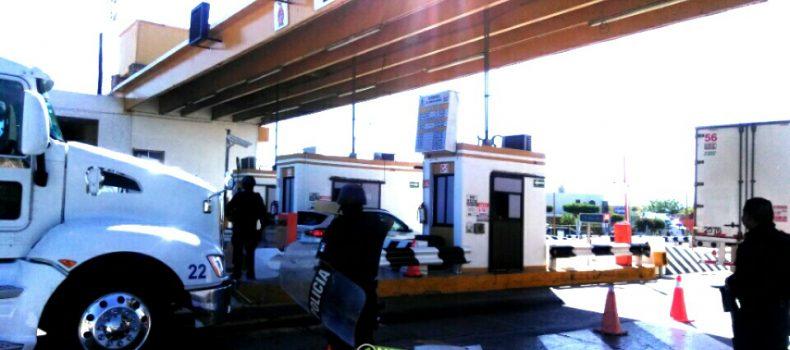 CERCO POLICIACO IMPIDE TOMA DE CASETA DE ALHUEY POR TERCER DÍA CONSECUTIVO