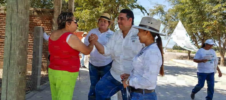 Pericos reitera apoyo a Óscar Camacho