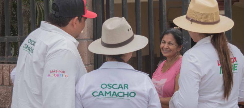 Ante la indolencia de la autoridad Municipal de resolver la problemática, Óscar Camacho se compromete a terminar con la sed de agua que existe en Pericos