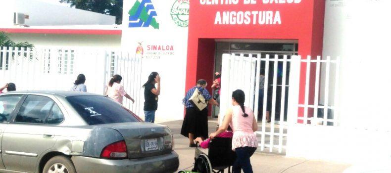 """REALIZAN """"PARO TOTAL"""" SINDICALIZADOS DEL SECTOR SALUD EN ANGOSTURA"""