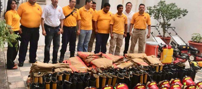 FORTALECE BOMBEROS DE MOCORITO SU EQUIPO DE PROTECCIÓN PERSONAL