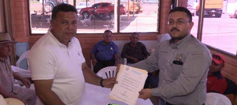 SE REGISTRA TRINY CASTRO POR LA PRESIDENCIA DEL MODULO DE RIEGO V-1 DE CHINITOS