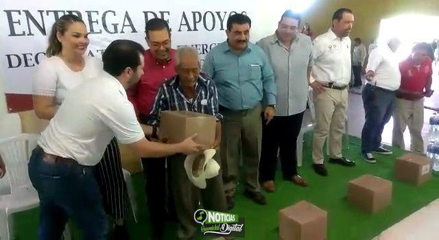 ENTREGAN APOYOS DE EMERGENCIA POR CALOR EN LA REGIÓN DEL ÉVORA