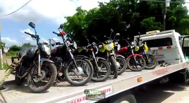 DESPLIEGA TRANSITO FUERTE OPERATIVO CONTRA MOTOCICLISTAS