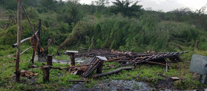 Incomunicados poblados de la costa de Escuinapa.