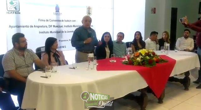 FIRMAN AYUNTAMIENTO DE ANGOSTURA E ICATSIN CONVENIOS DE COLABORACIÓN