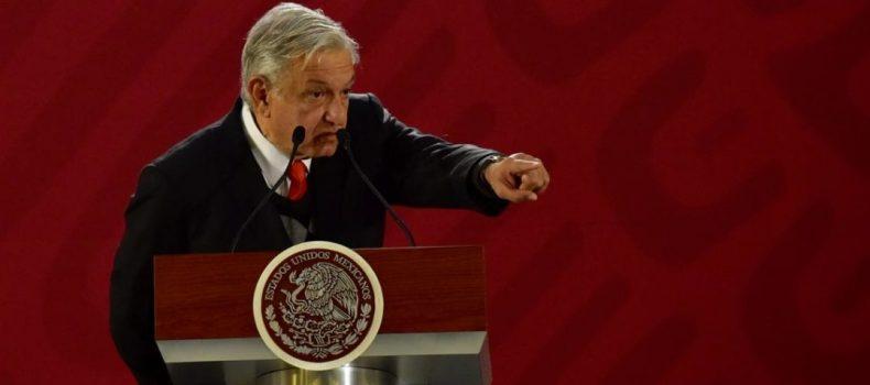 Entran en vigor nuevos salarios para burocracia: ganarán altos mandos 27% menos que con Peña