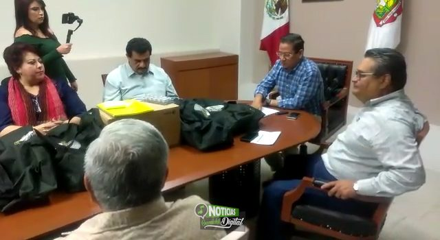 RECIBEN AYUNTAMIENTOS DEL ÉVORA KITS OPERATIVOS Y EQUIPOS DE CÓMPUTO