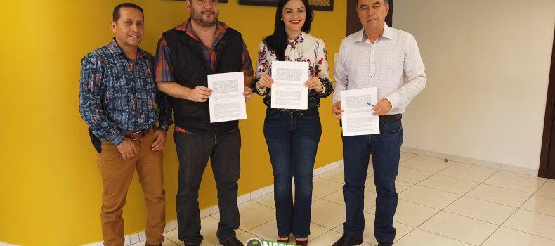 ELECCIÓN DE SÍNDICOS EN ANGOSTURA CON LISTA NOMINAL Y CREDENCIAL DEL INE