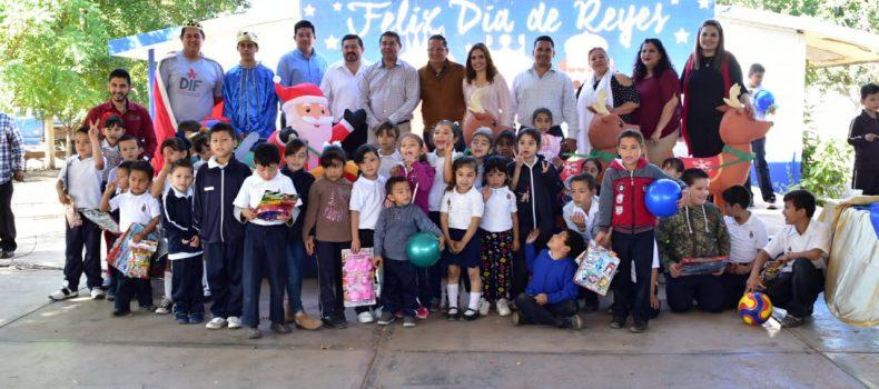 Gira de Reyes del Sistema DIF da inicio en la comunidad de El Taballal
