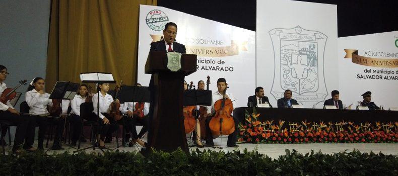 """LLAMA CARLO MARIO ORTIZ A """"PONER LOS PIES FIRMES EN  EL SUELO"""" EN ANIVERSARIO 57 DEL MUNICIPIO"""