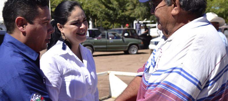 GOBIERNO Y CONGREGACIÓN MARIANA TRINITARIA BENEFICIAN A FAMILIAS ANGOSTURENSES