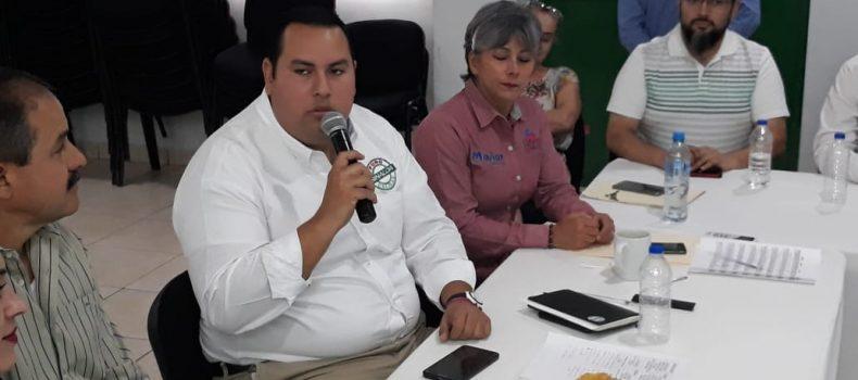 AL 65 CONFECCIÓN DE UNIFORMES ESCOLARES; EL CANJE A PARTIR DEL 6 DE AGOSTO