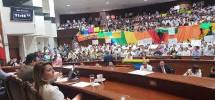 DIPUTADOS RECHAZAN MATRIMONIOS IGUALITARIOS EN SINALOA