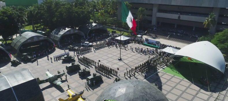 """Inaugura Quirino la exposición militar """"La Gran Fuerza de México"""""""