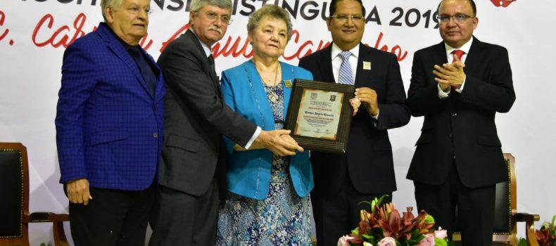 Carmen Angulo Camacho es galardonada como la Guamuchilense Distinguida 2019