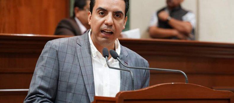 Injusto que por capricho del Gobierno Federal usuarios de plataformas digitales tengan que pagar impuestos: Dip. Jesús Armando Ramírez