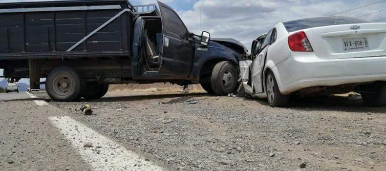 TRES MUERTOS Y DOS HERIDOS EN ACCIDENTE AUTOMOVILÍSTICO