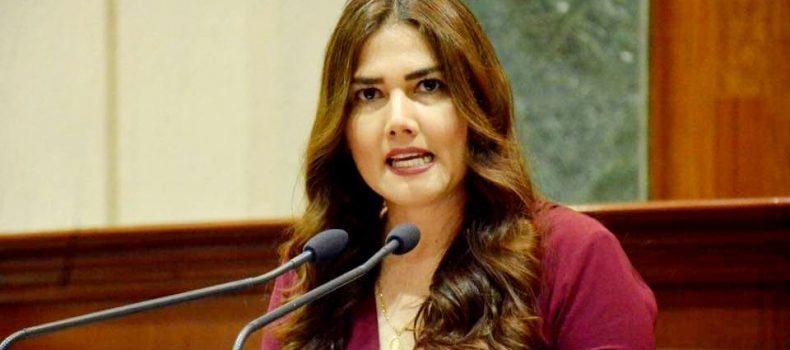 *Guadalupe Iribe exige al gobierno federal basificar al personal de salud en Sinaloa*