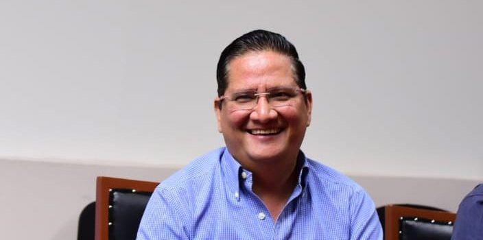 SE INTERNA EL ALCALDE CARLO MARIO ORTIZ EN HOSPITAL DE CULIACÁN: SE REPORTA BIEN
