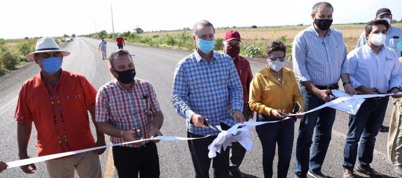 Quirino entrega la segunda etapa de la carretera a Las Glorias