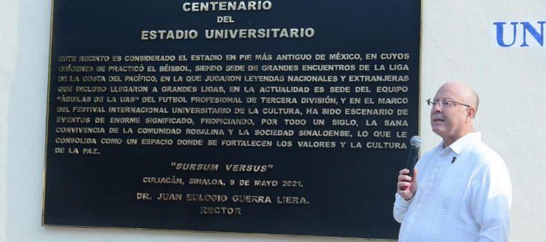Coloca UAS placa conmemorativa de los 100 años del Estadio Universitario.