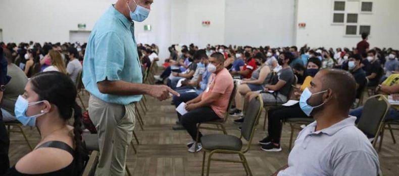 *Quirino supervisa inicio de vacunación de jóvenes de 18 a 29 años*