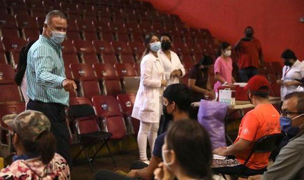 *Al 65 por ciento, cobertura de vacunación contra el Covid en Sinaloa: Quirino*