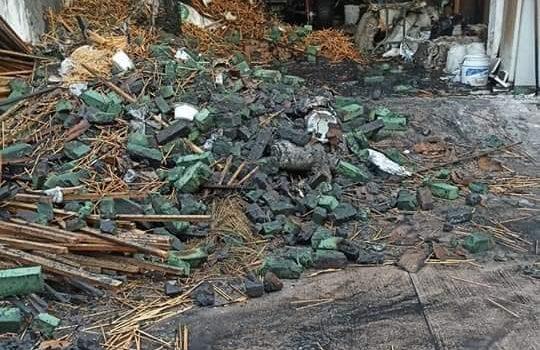 Se quema bodega de florería en el centro de Guamúchil.