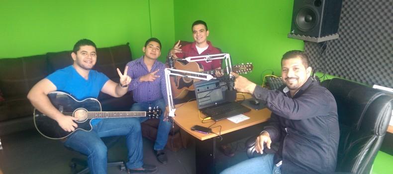 En Vivo!!! Grupo La Duda en entrevista con Iván Ordorica en La Rosca Radio