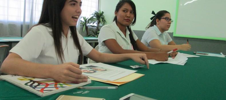 Debaten alumnos de Cobaes y pasa uno a la final estatal