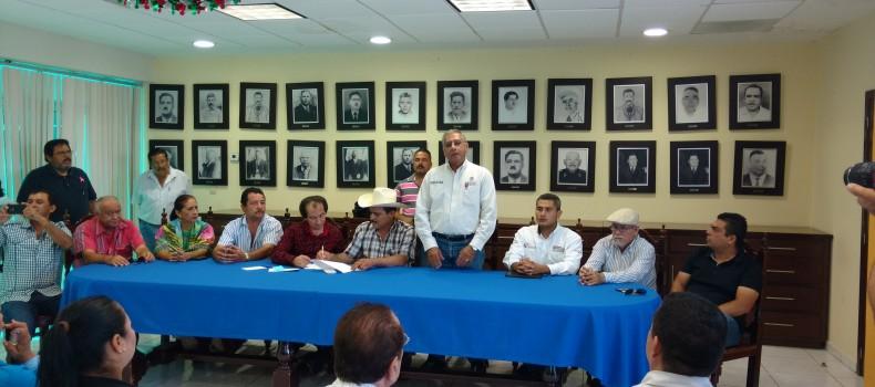 SEMARNAT toma protesta al comité que cuidará las costas de Angostura