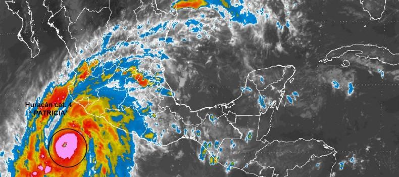 "Mañana se esperan lluvias fuertes en Sinaloa por el Huracán ""Patricia"""