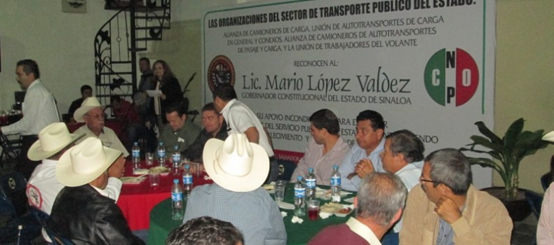 Transportistas reconocen al Gobierno del Estado