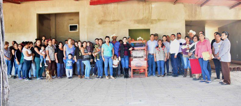 Familias de Buena Vista beneficiadas con programa para la realización de block