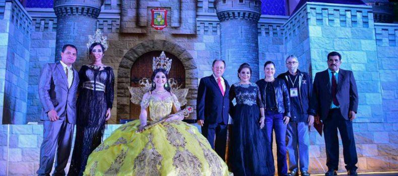 Coronan a Yolanda de la Paz Monrreal como reina del Carnaval Guamúchil