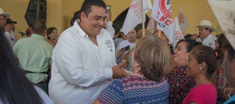 """A LOS DE ENFRENTE SE LES VA A ACABAR LA HISTORIA"": OSCAR CAMACHO"