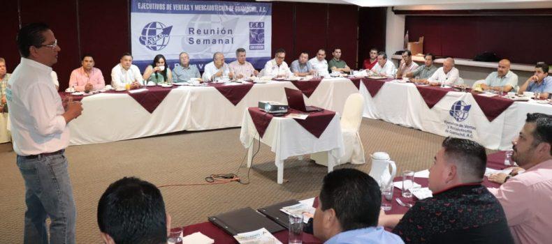 GARANTIZA CARLO MARIO ORTIZ A EJECUTIVOS QUE HABRÁ MAYOR INVERSIÓN EN EL MUNICIPIO