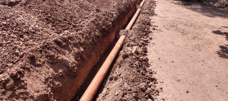 Repara Japasa fuga de aguas negras