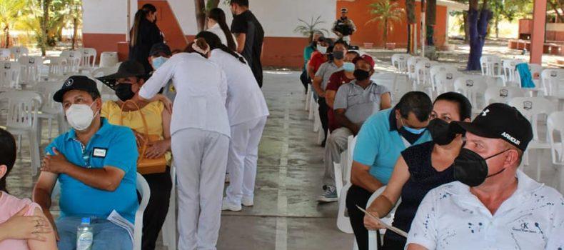 Llega a Angostura segunda dosis de vacuna anti Covid-19 para personas de 50 a 59 años.